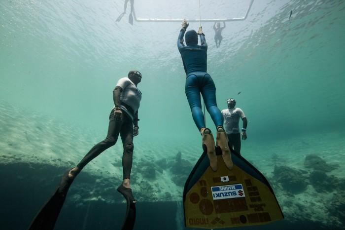dinamikus apnea freedive búvár